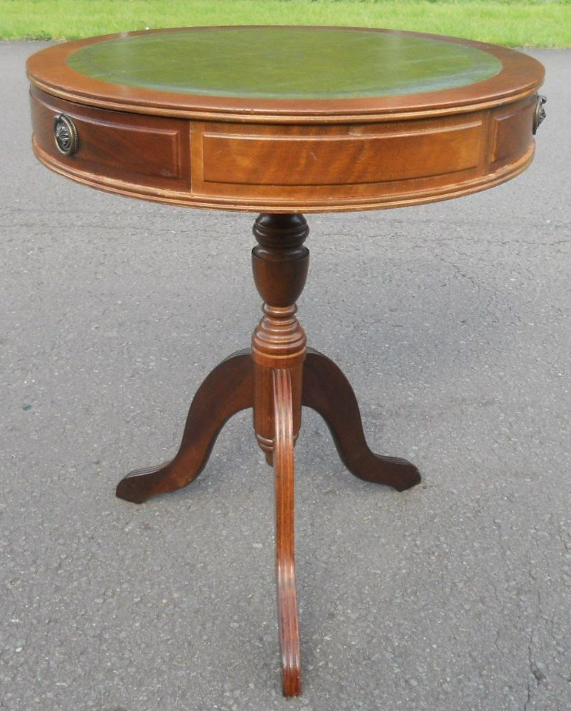 Small Drum Top Pedestal Wine Table